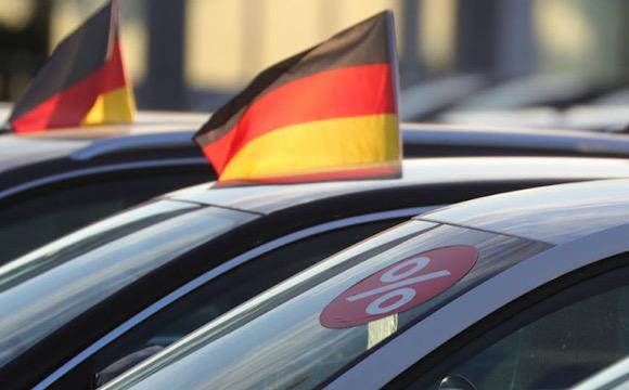 Almanya'da satışlar yüzde 38 düştü!