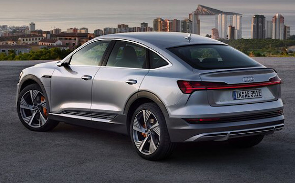 Audi e-tron'a yeni bir gövde tipi
