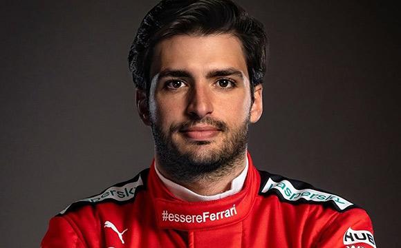 Vettel'in koltuğu artık Carlos Sainz'ın...
