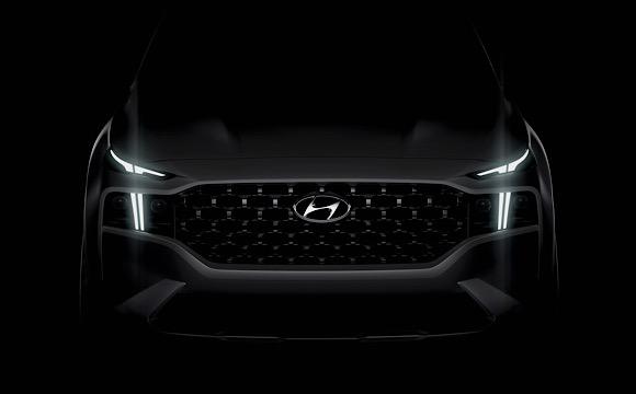 Yeni Hyundai Santa Fe, elektrik desteğiyle gelecek