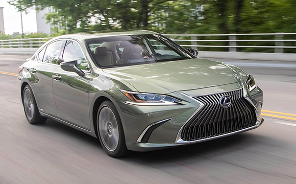 Lexus, Türkiye'deki satışlarını artırıyor