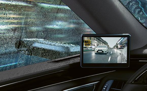 Lexus'un dijital ayna teknolojisi Türkiye'de...