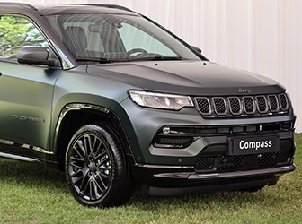 Jeep Compass'a teknoloji makyajı