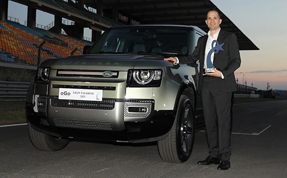 Land Rover Defender'a