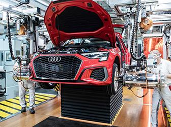 Audi'nin Vorsprung durch Technik sloganı 50 yaşında