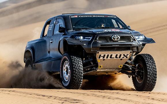 Toyota, Dakar'a 4 araçla katılacak
