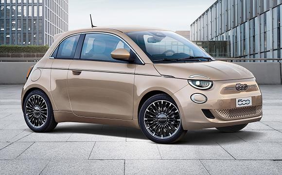Yeni Fiat 500 bir ödül daha aldı