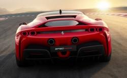 Ferrari SF90 Stradale tur rekoru kırdı